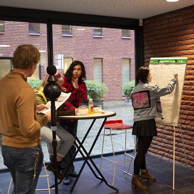 VR-training gemeente Haarlem aanpak laaggeletterdheid